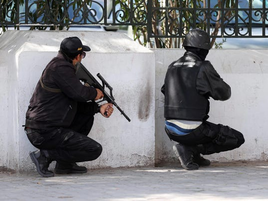 635622676924619291-EPA-TUNISIA-UNREST-SECURITY-OPERATION-001.jpg