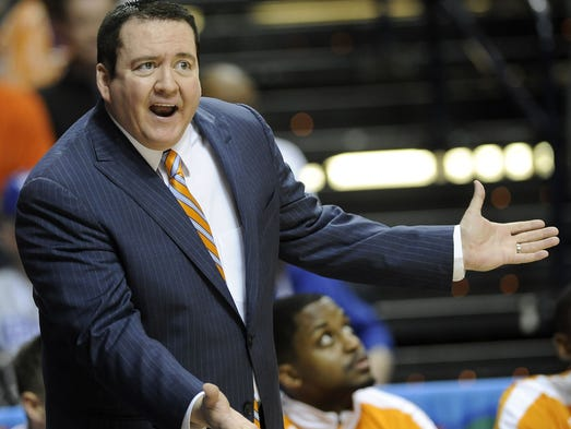 Vols coach Donnie Tyndall  saw his team go on a 20-2