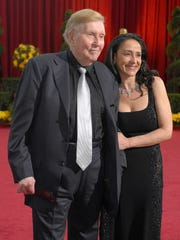 Sumner Redstone at the 2009 Academy Awards, just shortly