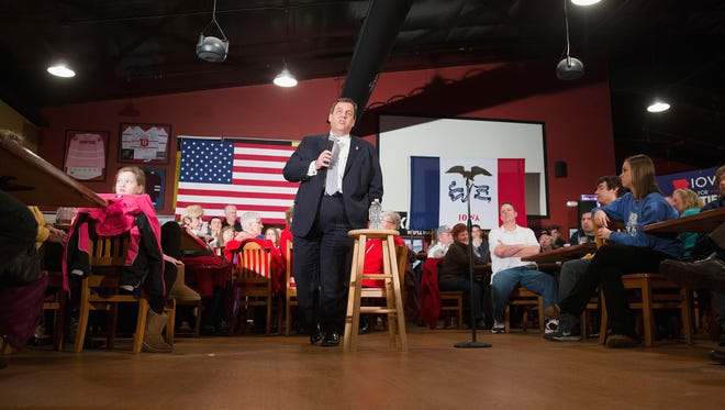 Chris Christie speaks to guests during a campaign stop at Courtside Bar & Grill on Jan. 27, 2016, in Dubuque, Iowa.
