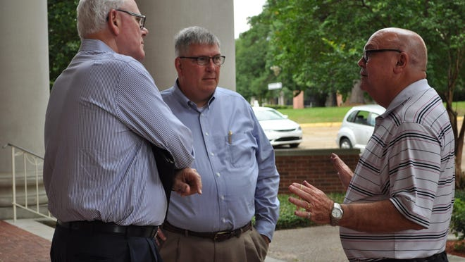 Wayne Dubose (left), Stacy Morgan (middle) and Bill Robertson (right) chat outside of Guinn Auditorium at Louisiana College. The three Louisiana Baptist Convention Pastoral Leadership members helped welcome those attending the Bi-vocational and Small Church Leadership Network National Celebration.
