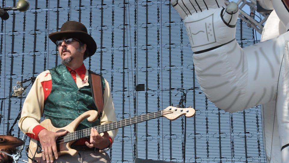 Primus lead singer Les Claypool performs at the 2011