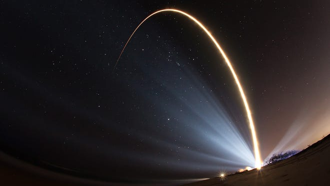 An Atlas V rocket blasts off from Cape Canaveral Air Force Station on Friday, Jan. 20, 2017 with the SBIRS missile detection satellite.