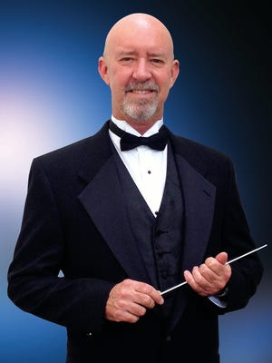 Indian River POPs Orchestra Maestro Dwight Robert Roadman