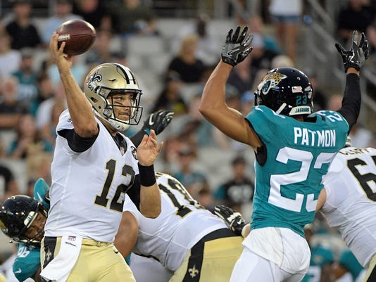 Saints_Jaguars_Football_38359.jpg