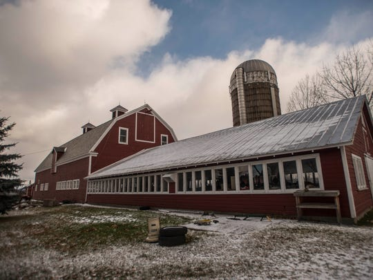 The barn on the O'Brien property on Old Farm Road in