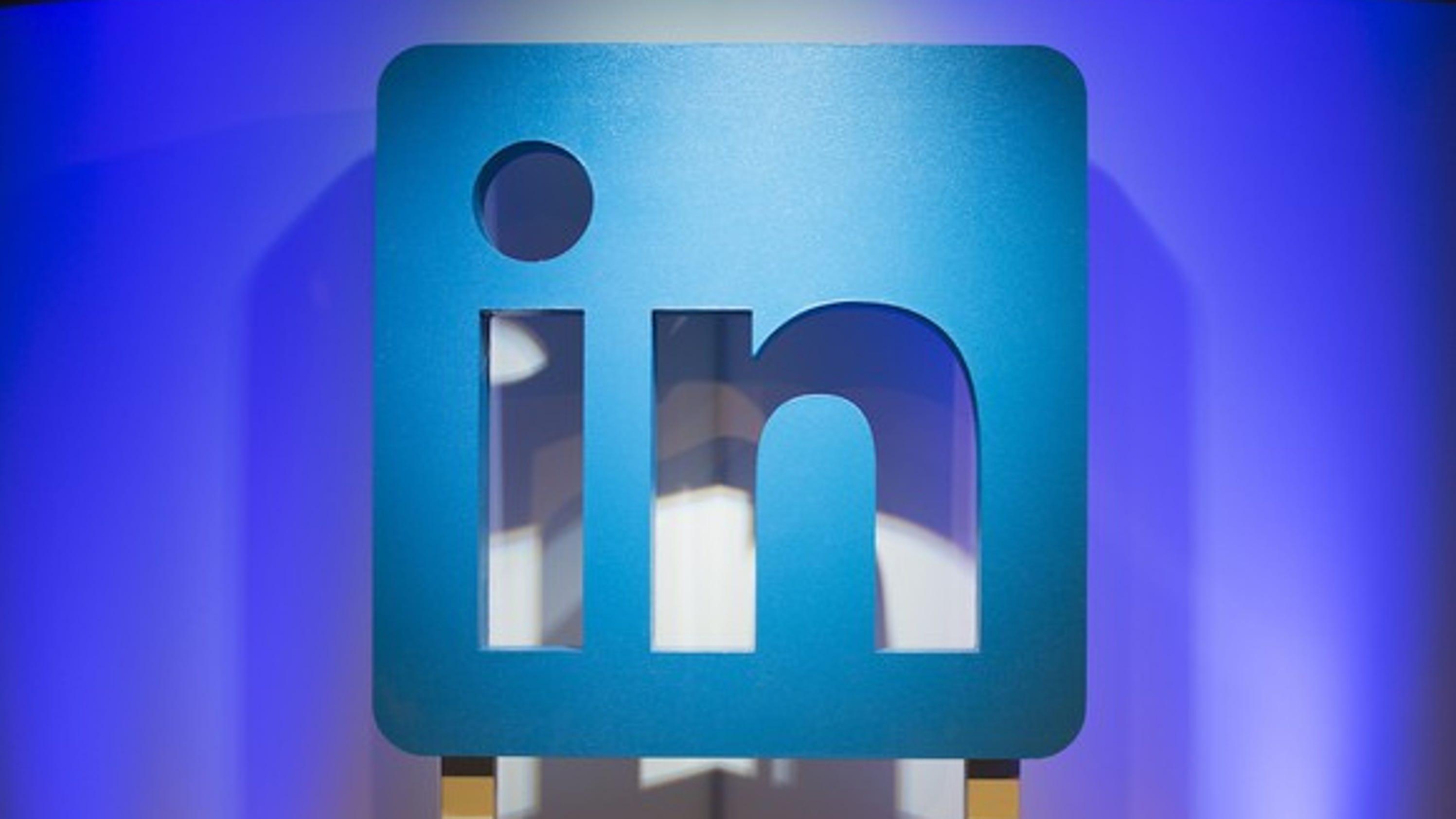 Berühmt Blauer Himmel Setzt Linkedin Fort Fotos - Entry Level Resume ...