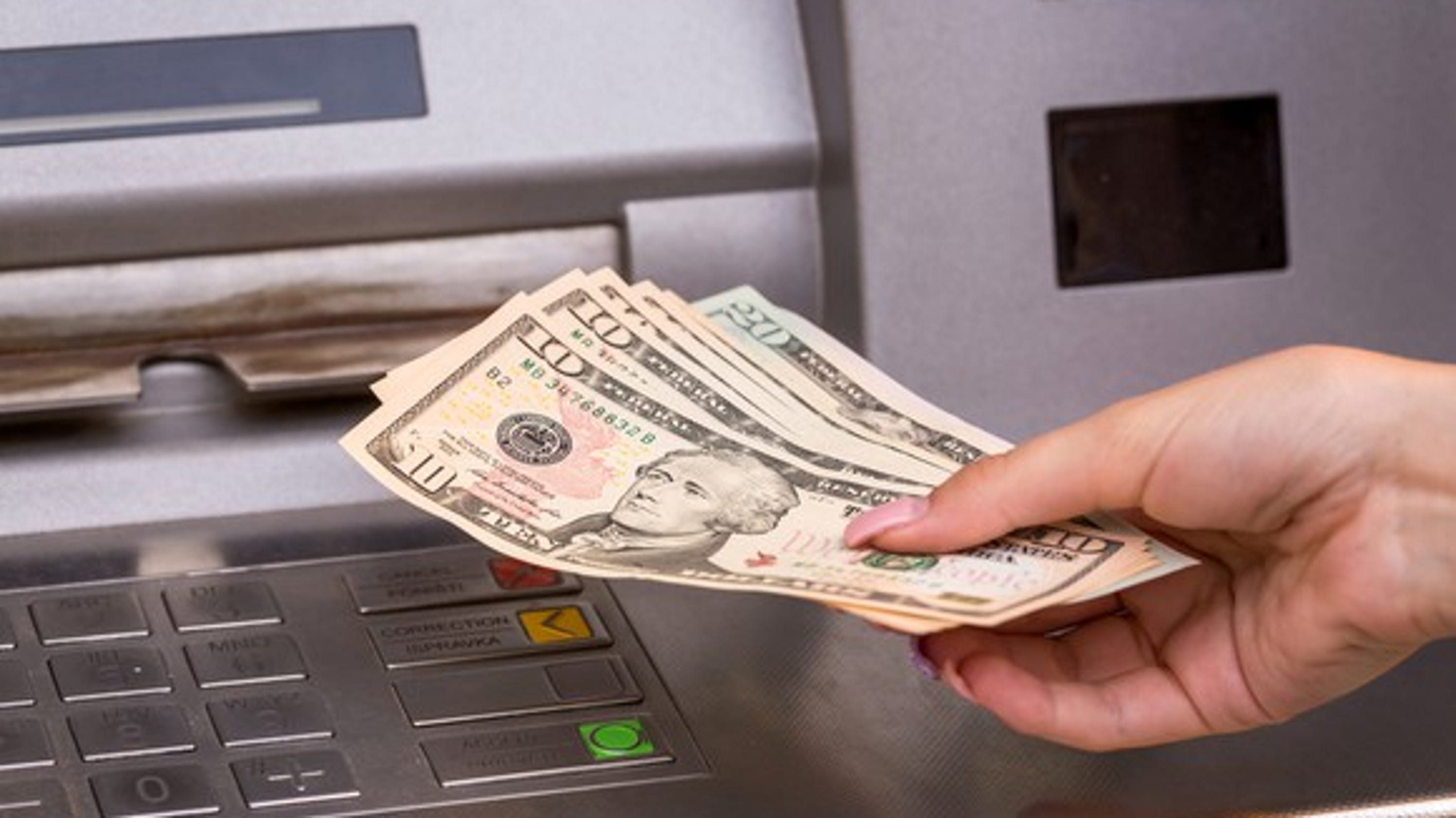 Demonetisation: From today, cash withdrawal limit for ...