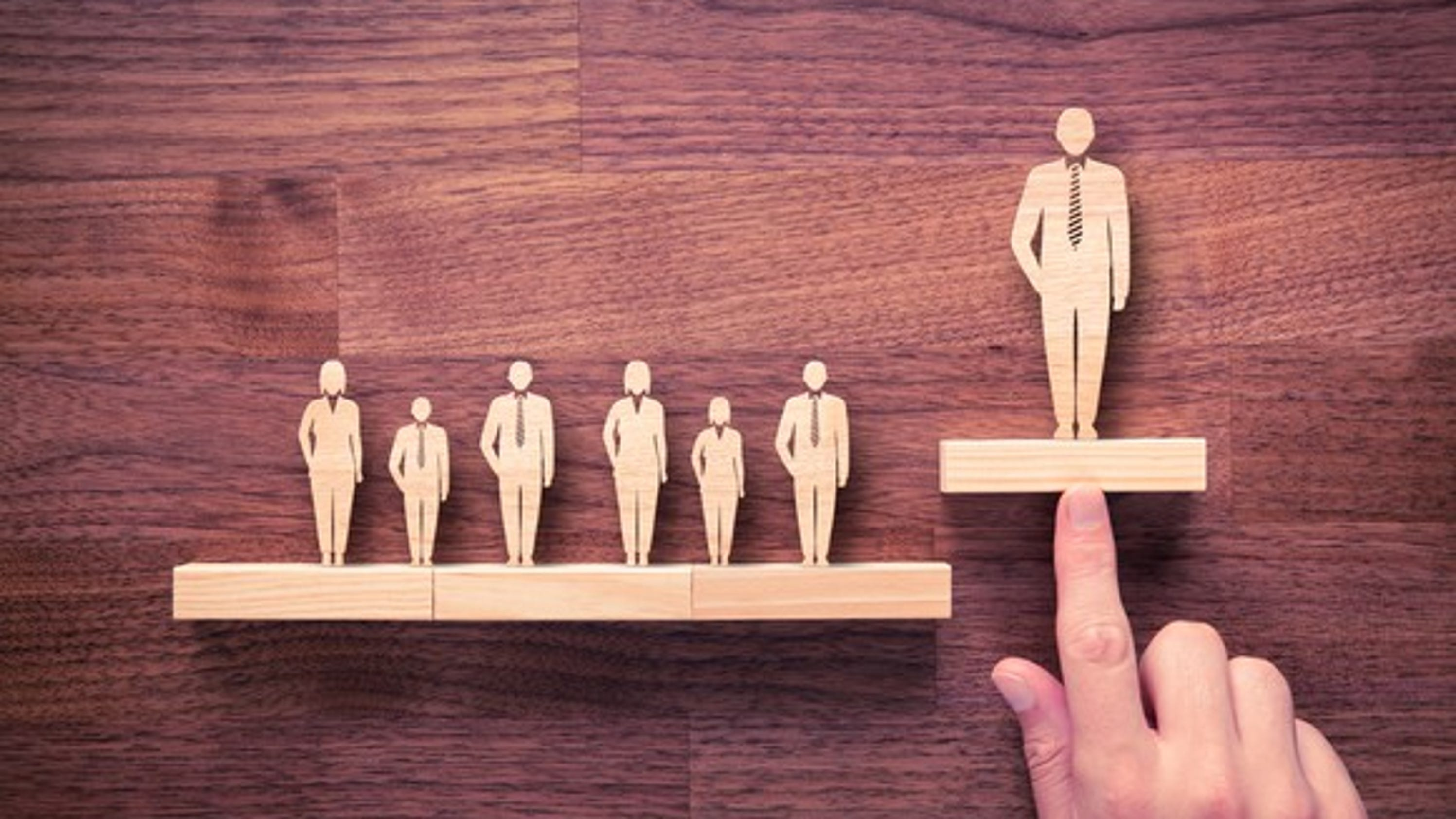 Boss wooden figures large