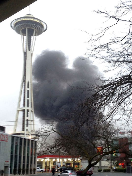 komo 4 helicopter crash with 6560345 on Photo 6039279 furthermore Video also Seattle News Helicopter Spun Around Plunging Ntsb N59376 in addition 2 as well 6560345.