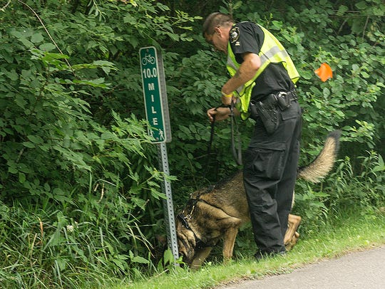 Oakland County Sheriff Deputy and cadaver dog search