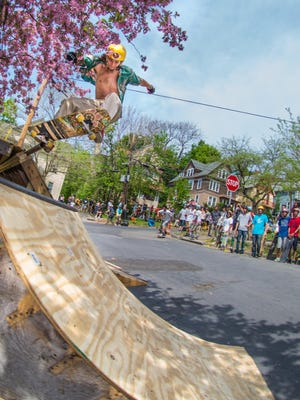 Ithaca Skate Jam returns to East Buffalo Street on Saturday.