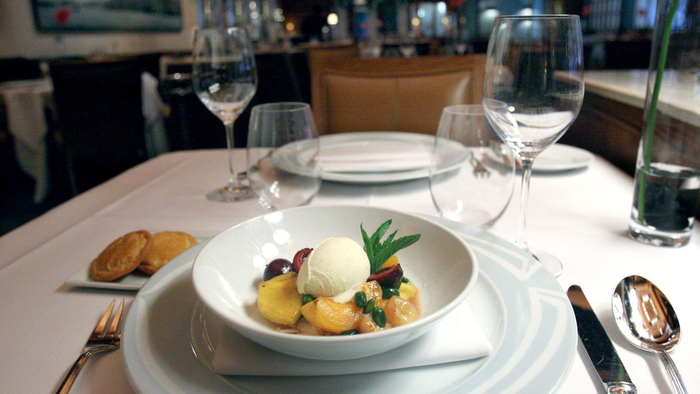 Priceline to buy opentable for 2 6b for Cuisine 2000
