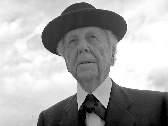 Frank Lloyd Wright stops in Milwaukee to do a television
