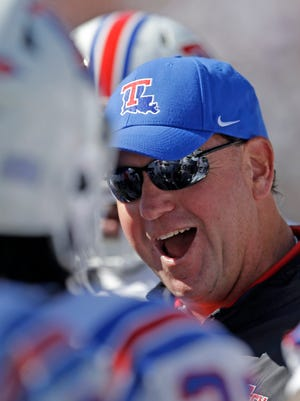 Louisiana Tech coach Skip Holtz agreed to a new five-year contract Monday to stay with the university through 2022.
