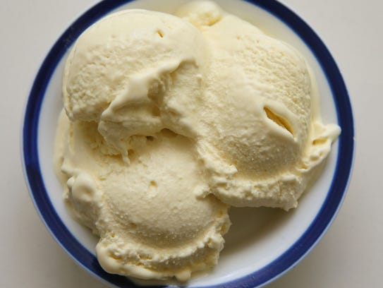 Honey ice cream can be made with or without an ice