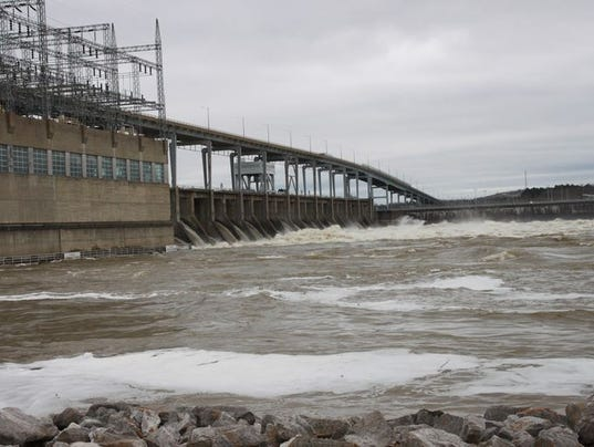 Pickwick dam