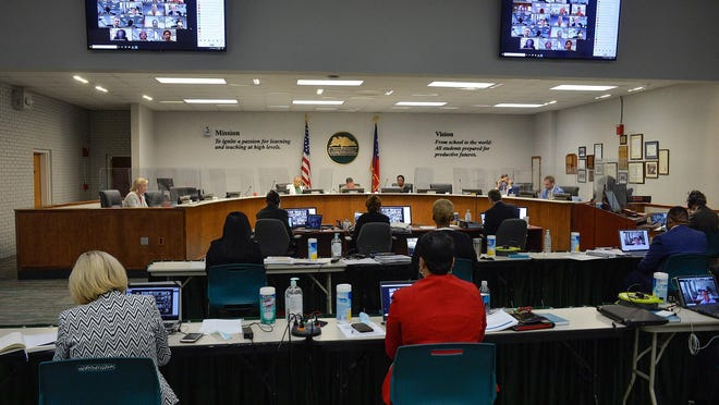 The Savannah-Chatham Public School System school board continued its Sept. 9 workshop from last week to a special called meeting held Wednesday to discuss remaining agenda items.