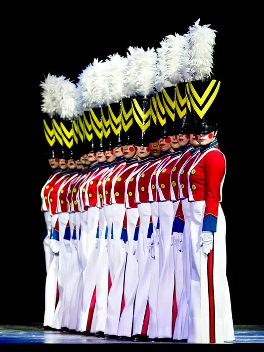 LEDE.RADIOCITY.Parade of the Wooden Soldiers.jpg