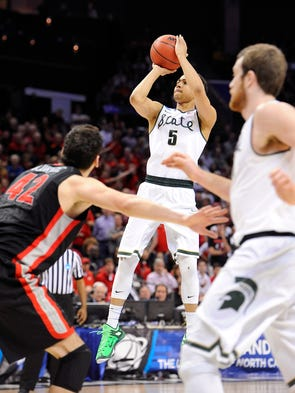 Exhale and advance: Michigan State 70, Georgia 63