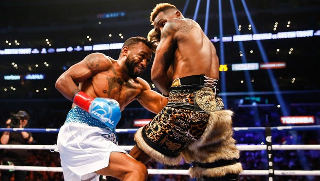 Austin Trout will fight Terrell Gausha on May 25 in Mississippi.