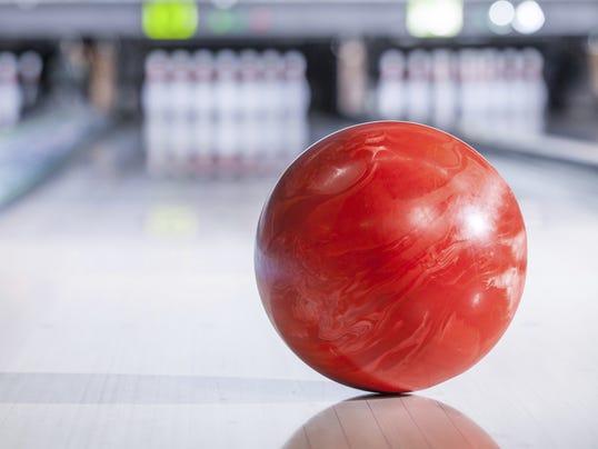 636178824301128939-Bowling2.jpg