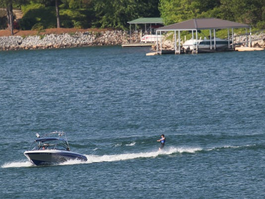Lake Keowee recreation boating