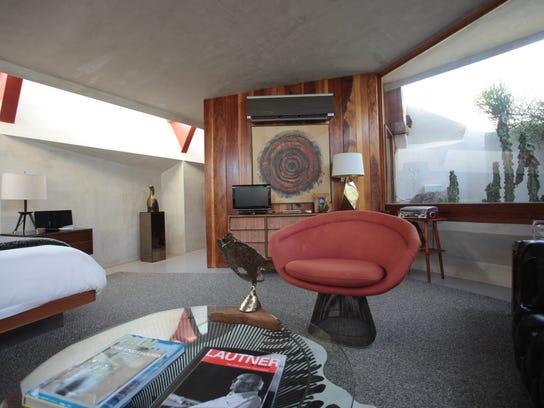 TDS ecp Hotel Lautner002.JPG