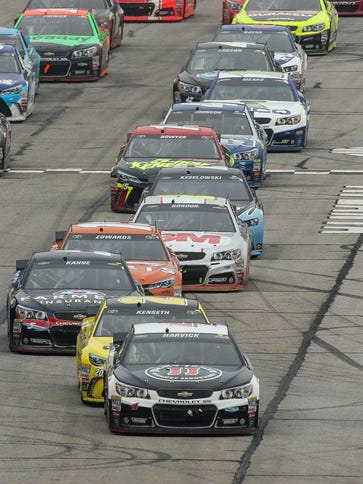 Kevin Harvick leads the field at Atlanta Motor Speedway.