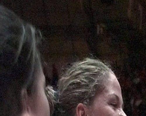 Notre Dame's Niele Ivey (33), Kari Hutchinson (42)