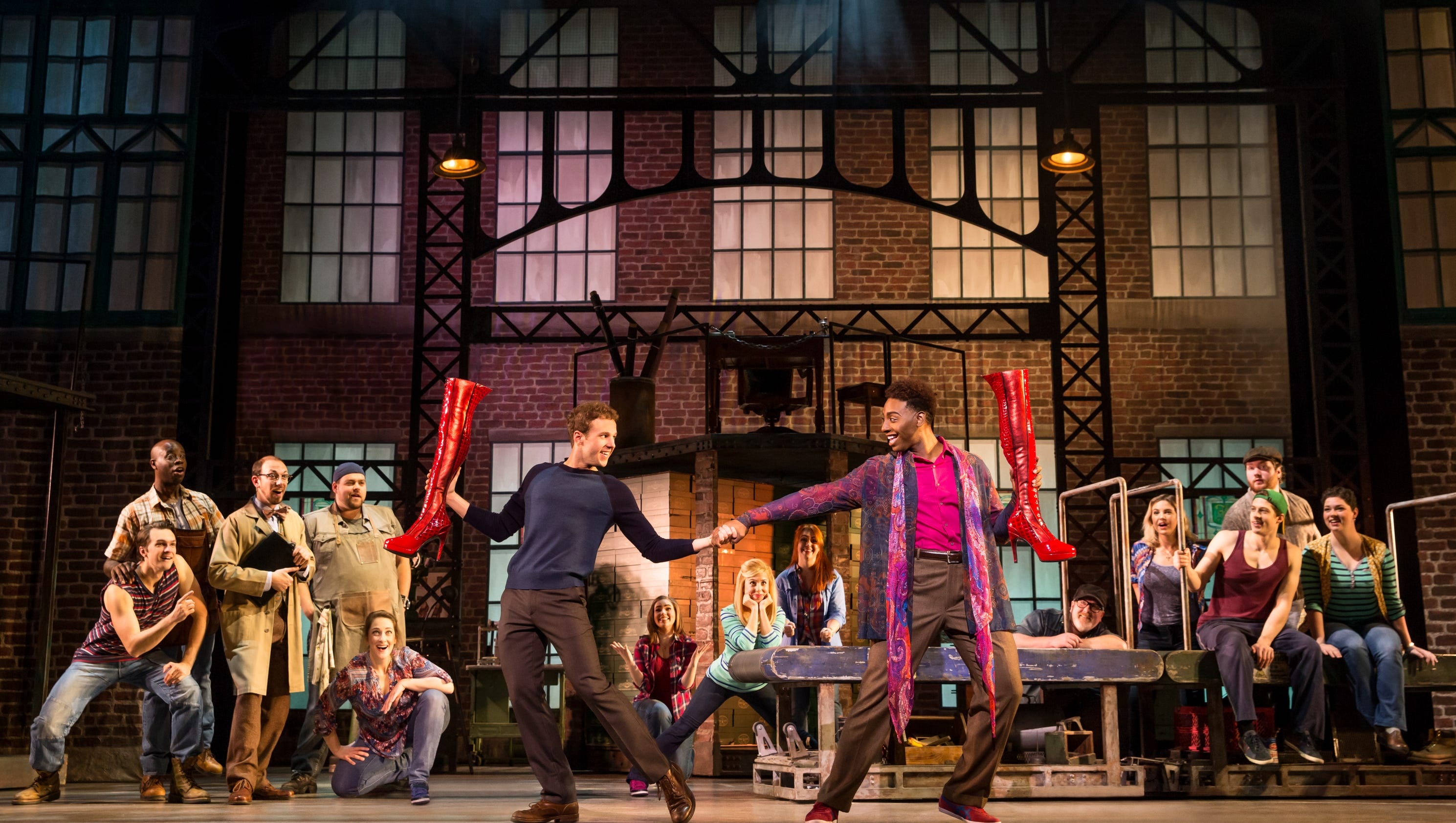 Cyndi Lauper Musical 'Kinky Boots' Comes To The Forum