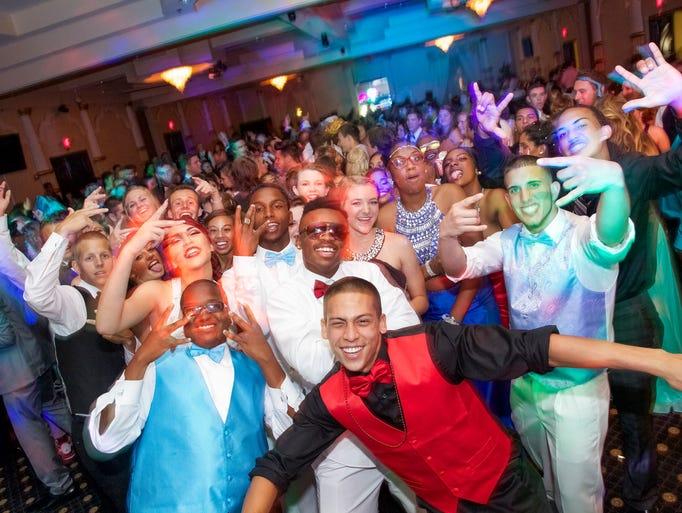 Island Coast High School Prom
