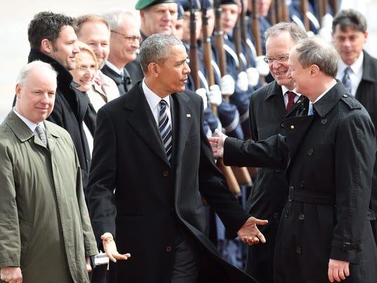 """Résultat de recherche d'images pour """"Obama in germany, 2016"""""""