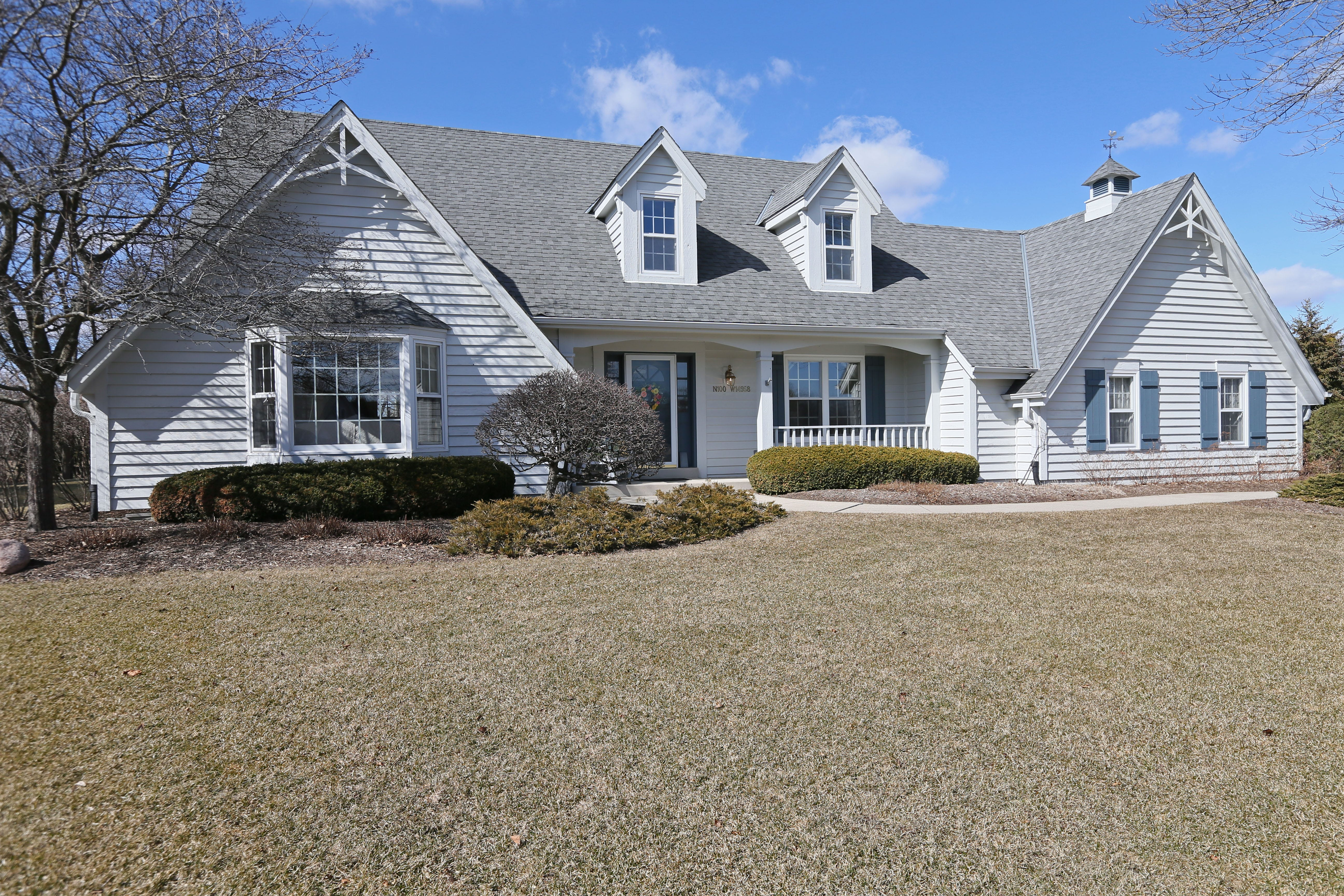 The Kluthsu0027 Germantown Cape Cod Home Has 2,580 Square