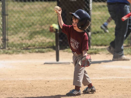 041418-WIL LITTLE LEAGUE OPENING-SS