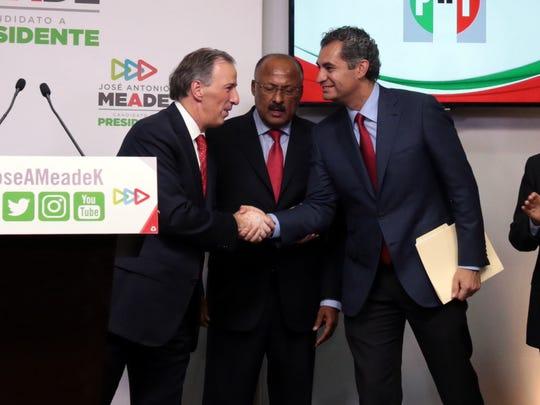 René Juárez (2do izq. a der.) fue nombrado nuevo presidente
