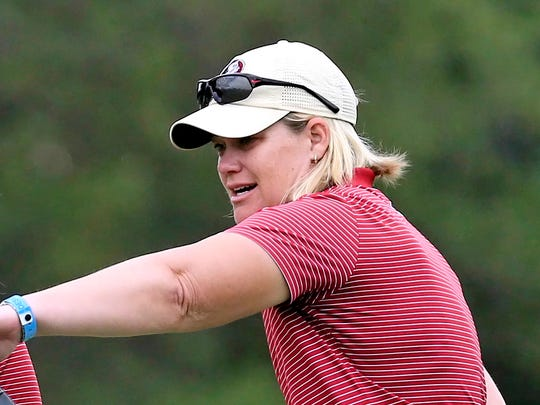 Florida State women's golf coach Amy Bond has put together a roster that has the Seminoles ranked No. 4 in the country.