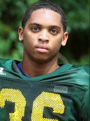 Clearview junior RB/DB Gyair Sharper