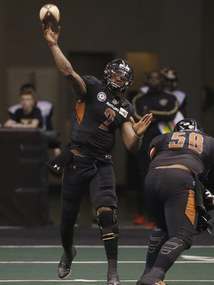 Rattlers' Darron Thomas (2) throws a pass against the Barnstormers at Talking Stick Resort Arena at Gila River Arena on February 26, 2017 in Phoenix, Ariz.