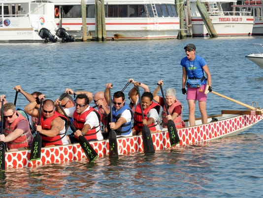 WIL LEWES DRAGON BOAT 1