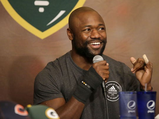 Green Bay Packers running back Ty Montgomery co-hosted Monday's Clubhouse Live. Montgomery's guest was Packers tight end Lance Kendricks. The show can be seen Mondays at 6:30 p.m. at The Clubhouse Sports Pub & Grill in downtown Appleton.