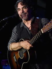 "John Oates will be discussing his memoir, ""Change of Seasons,"" and his new folk-blues album ""Arkansas"" during an event at the Blues Hall of Fame Museum on Wednesday."