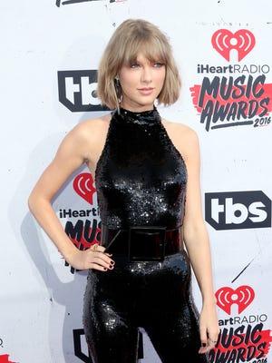 Taylor Swift is donating $1 million to Louisiana flood victims.