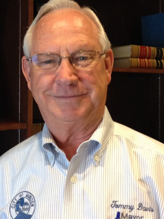 Mayor Tommy Davis 2014.jpg