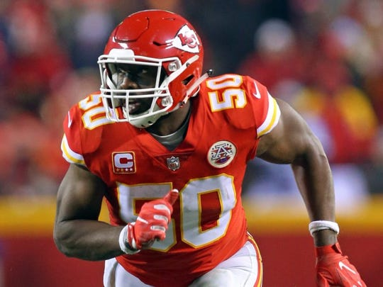 Should Packers sign Justin Houston or trade for Dee Ford?
