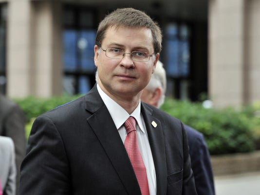 Latvia S Pm Resigns Over Supermarket Roof Collapse