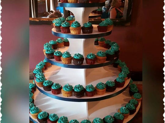 Jarets Stuffed Cupcakes mini desserts