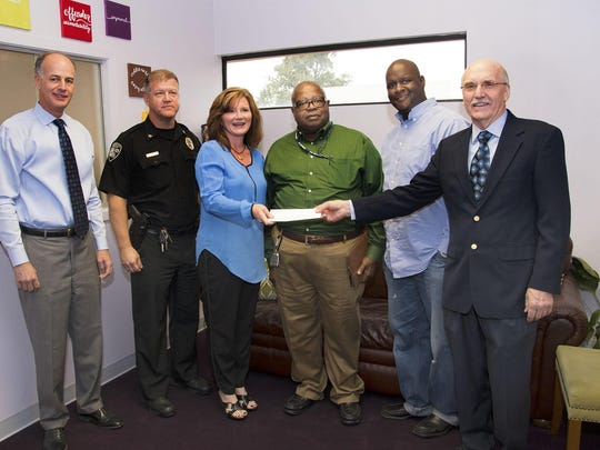 Bossier Crime Stoppers Donation to NWLA FJC 11-7-16