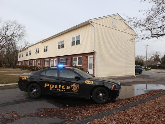 -Millville police scene001.jpg_20150113.jpg