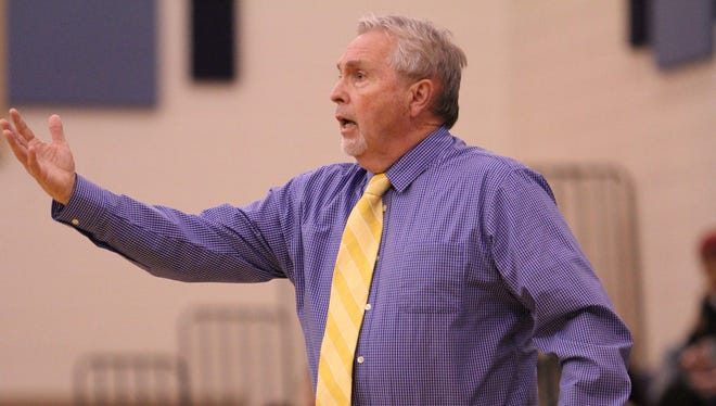 Fran Campbell, who has led Wren to 545 victories in 33 seasons as the Hurricanes' boys basketball coach, will be inducted into the South Carolina Basketball Coaches Association Hall of Fame.